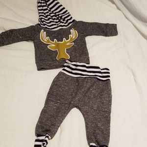 Other - Size 70 Deer 2 piece outfit